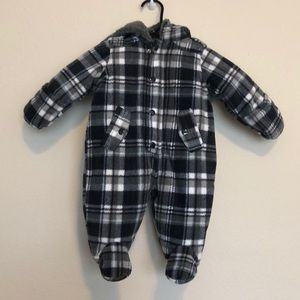 Baby snow suit, barely worn